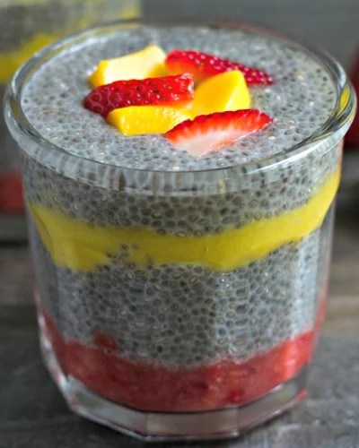 Strawberry Mango Chia Pudding