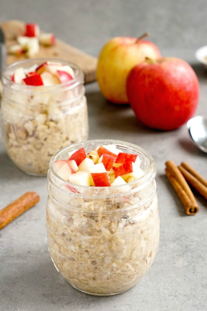 These apple pie overnight oats are a quick, healthy breakfast.