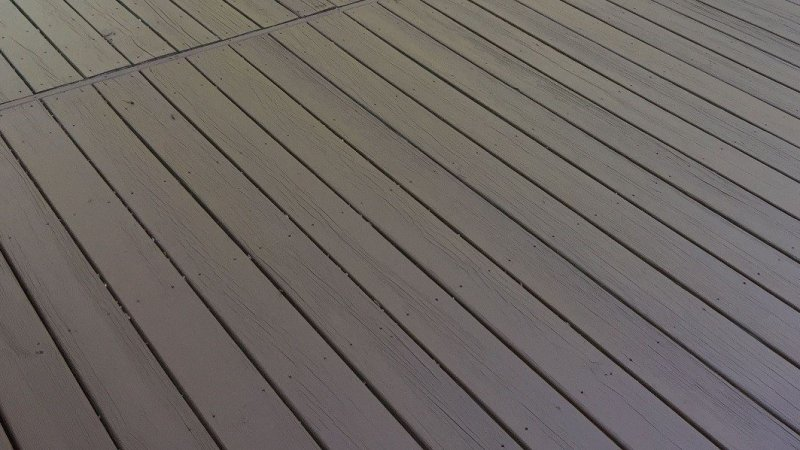 deck restaining