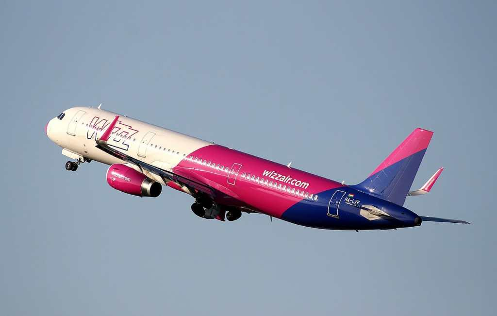 planespotting, wizzair, aviation