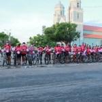 """Grupo realiza """"pedalada"""" em alusão ao Outubro Rosa em União"""