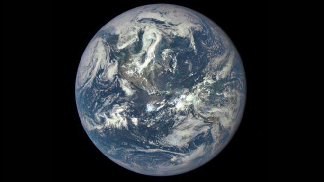 imagem da Terra feito por satélite americano
