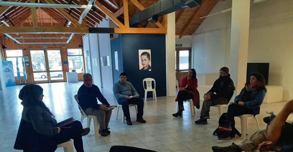 Trabajadores de la cultura se reunieron con Gustavo Santos para solicitarle respuestas ante su difícil situación