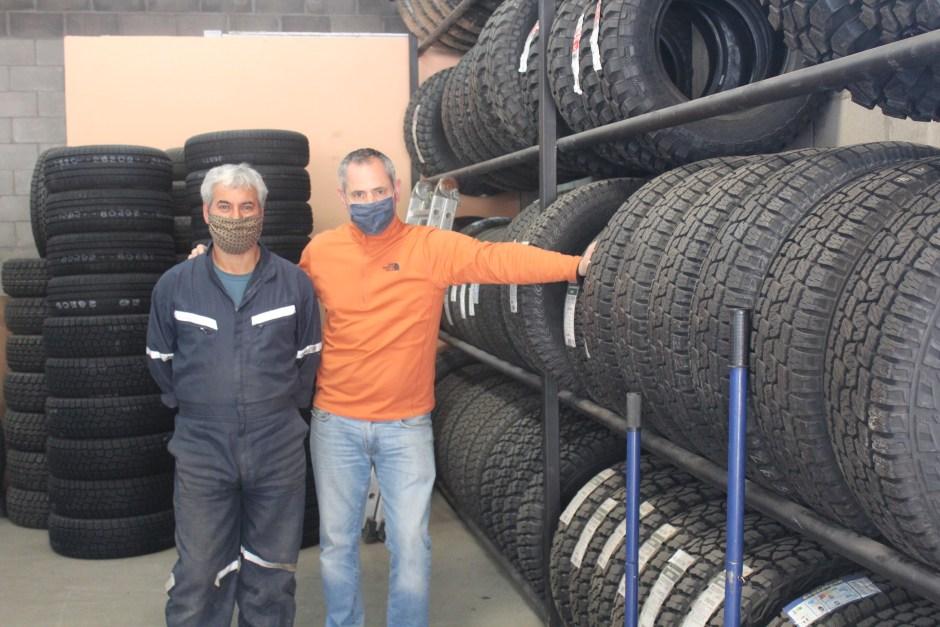 Gomería Nito: una vida entre neumáticos