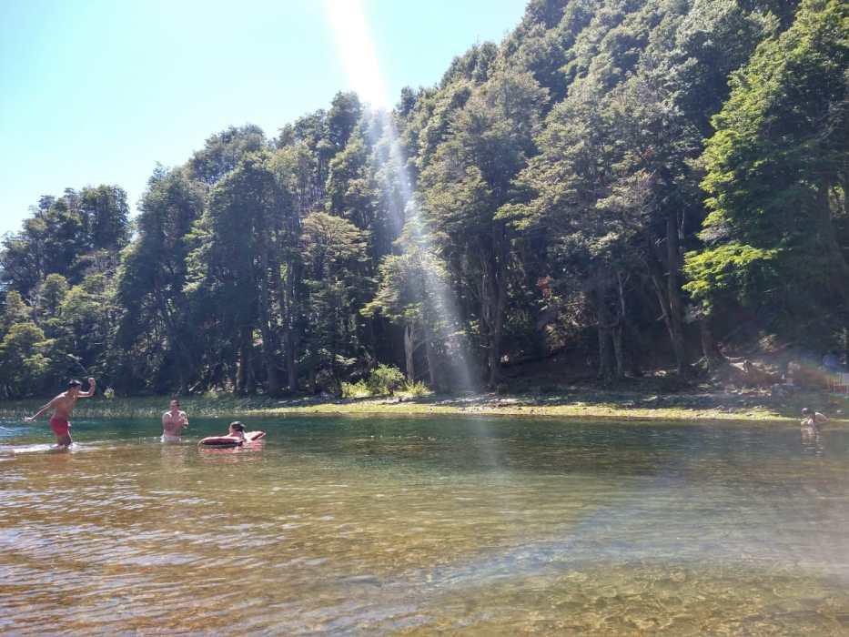 Un corto río, dos lagos y una magnifica cuenca