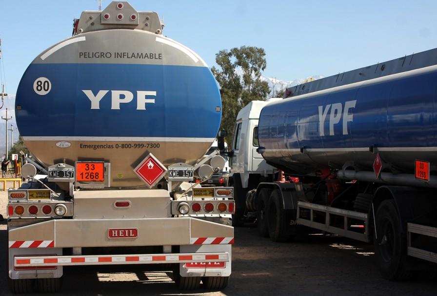 El sindicato petrolero presentó un recurso de amparo para que se liberen los cortes