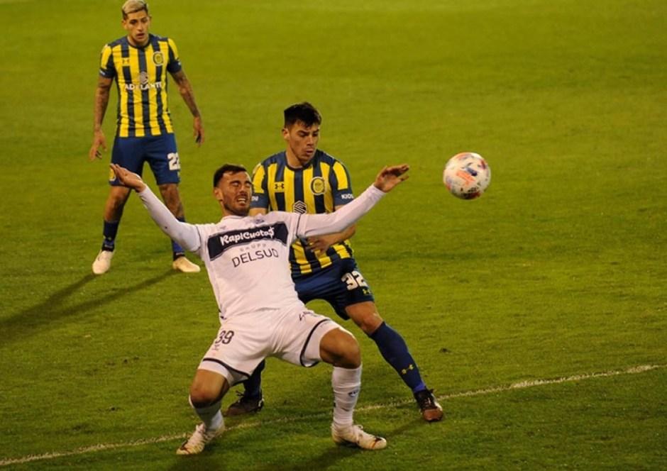 El Lobo platense con el debut del Pulga Rodríguez le ganó 1 a 0 a Central