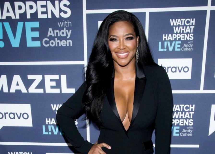 """RHOA's Kenya Moore leans towards DWTS partner in midst of divorce from Marc Daly and admits to having a """"Hard time"""" When she asks the judge to seal divorce records"""