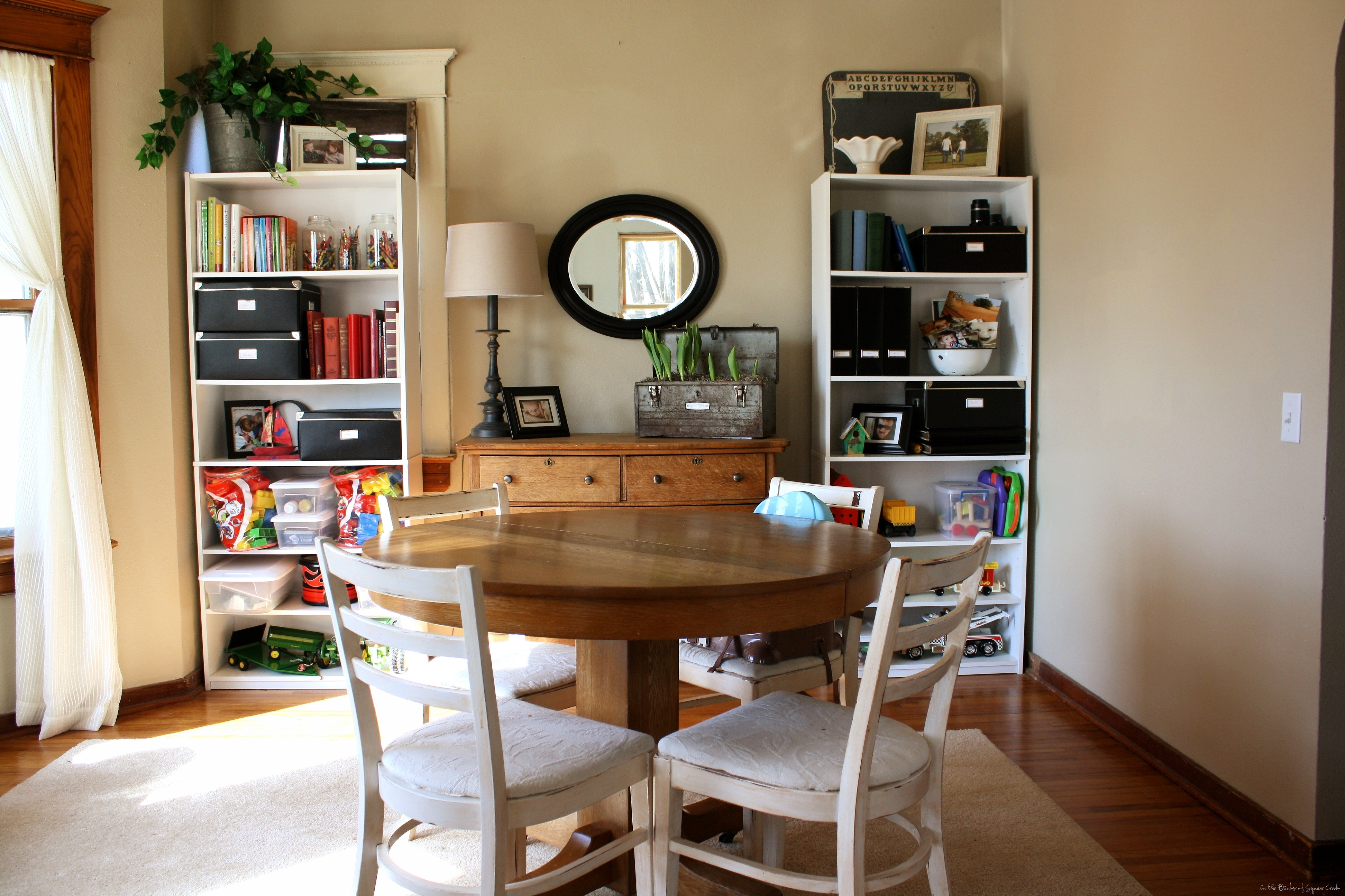 Guestpost Thoughts On Dining Room Area Rugs Reality Daydream