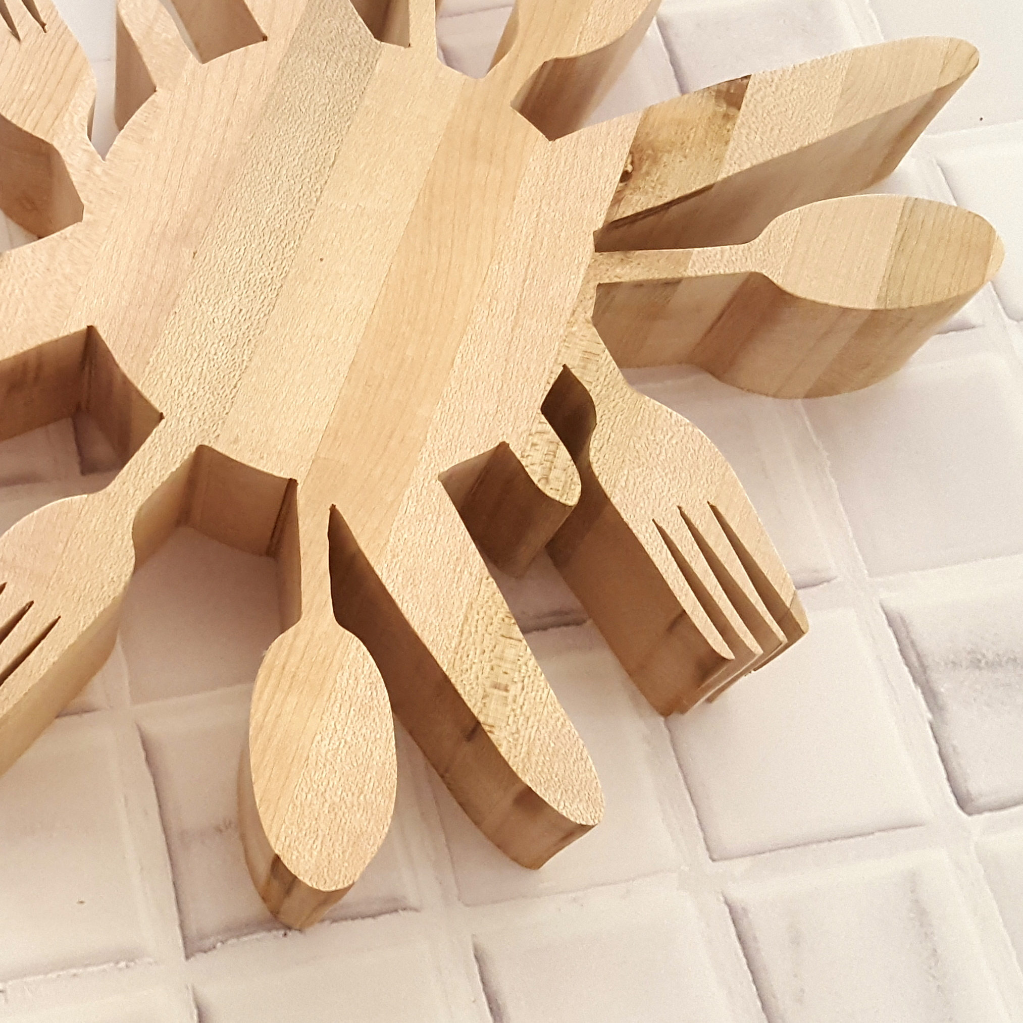 Diy Wooden Utensil Trivet Using A Scroll Saw Reality