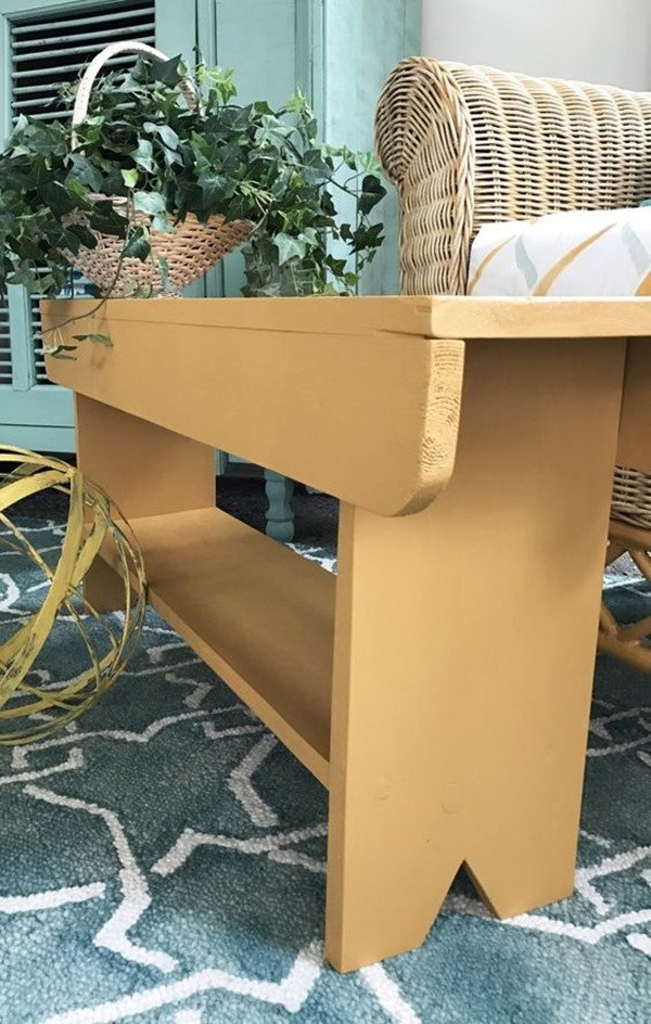 DIY Rustic Farmhouse 'Milking Bench' - a beginner's Woodworking Project! {Chelsea Project}