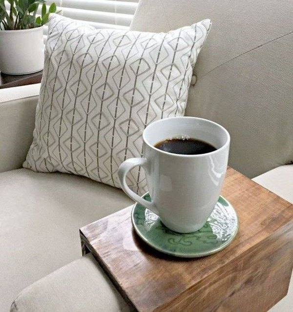 DIY Wooden Couch Sleeve - a perfect beginner woodworking project for the beginner! {Ugly Duckling House}