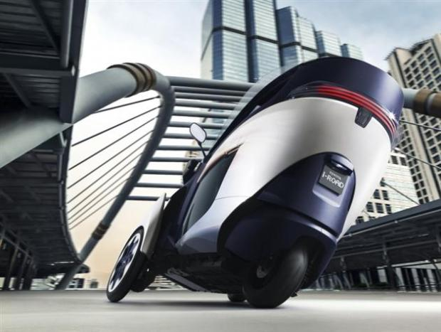 Toyota-i-Road-Personal-Mobility-Electric-Vehicle-4