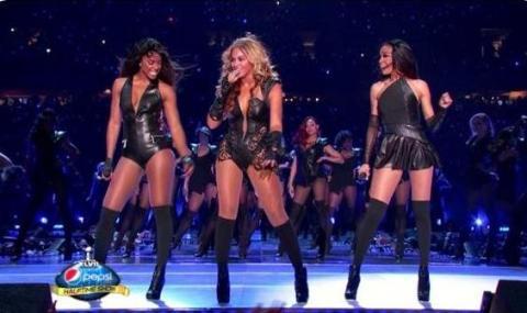 Beyonce-SuperBowl2013