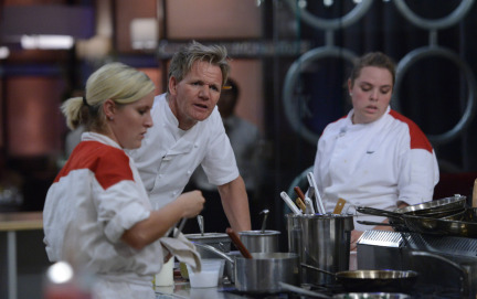 Hell S Kitchen 2013 Live Recap Episode 16 Who Gets A