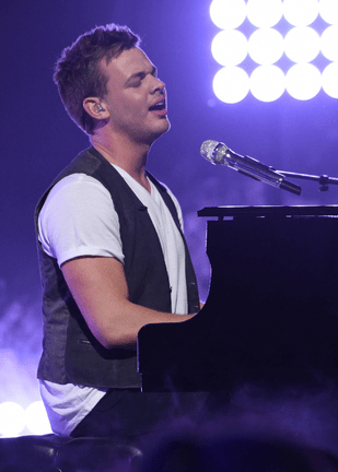 American Idol 2015 Spoilers - Top 9 - Clark Beckham Performance