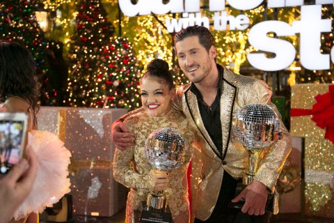 Dancing with the Stars 2016 Spoilers - DWTS Finale Results - Season 23 Winner Laurie Hernandez and Val Chmerkovskiy