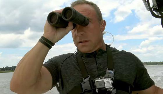 Hunters by Seas on CBS's Hunted show