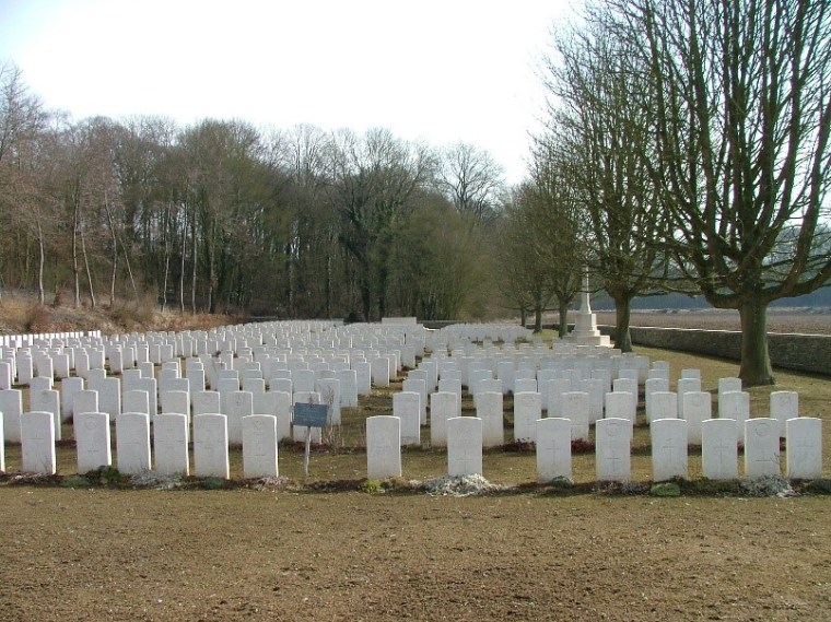Blighty Valley Cemetry, Authille Wood, France
