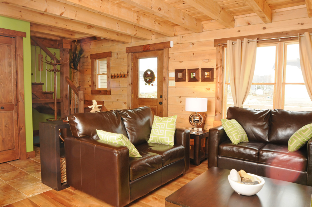 Modern Style Small Log Home « Real Log Style