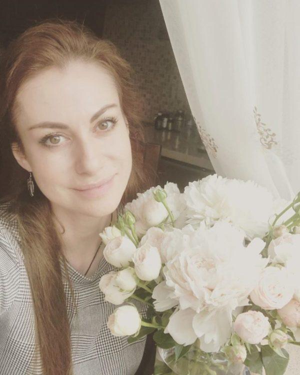 «Совершенно естественная»: актриса Анна Ковальчук ...