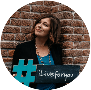 Rachel Moore | Livestreamer for hire #iLiveforyou (image)