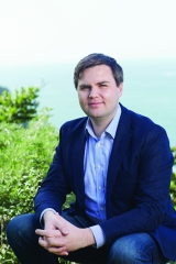 Hillbilly Elegy: A Memoir of a Family and Culture in Crisis by J.D. Vance Book Review Harper Collins