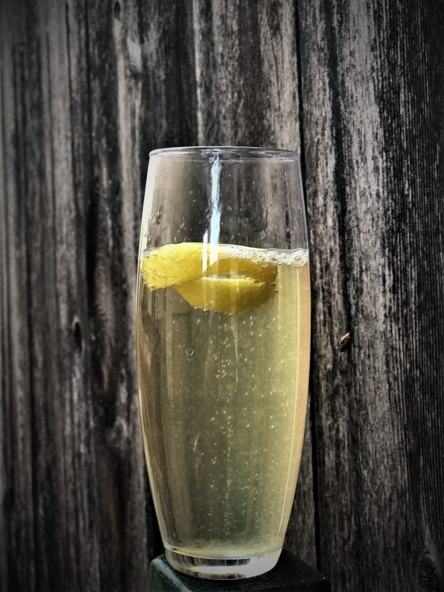 Lemon & Elderflower Champagne Cocktail
