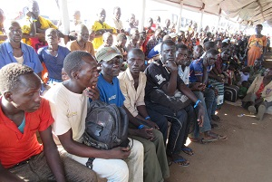 crowds of refugees at goboro