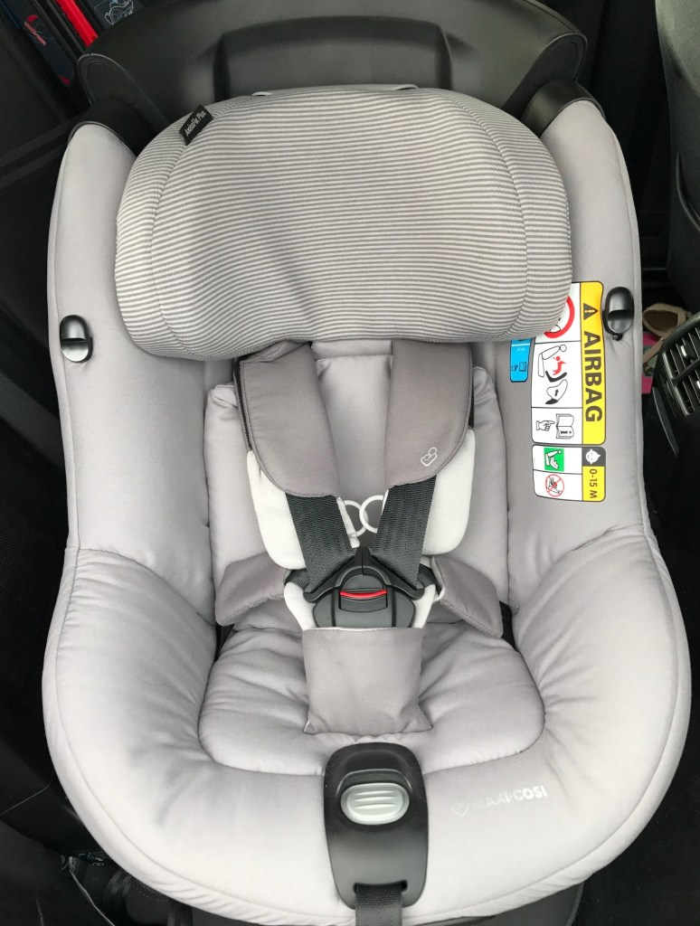 review maxi cosi axissfix plus 360 car seat real mum. Black Bedroom Furniture Sets. Home Design Ideas