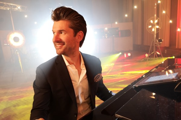 Matt Dusk Come Fly With Me