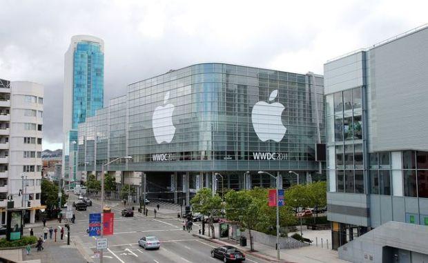 Apple в 2017 году планирует выпустить люксовую версию iPhone с измененной компоновкой деталей