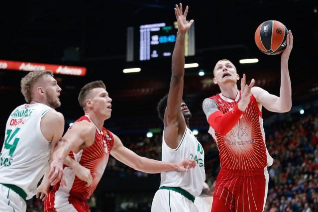 Olimpia Milano vs Baskonia | Fuori Moraschini, Burns e White