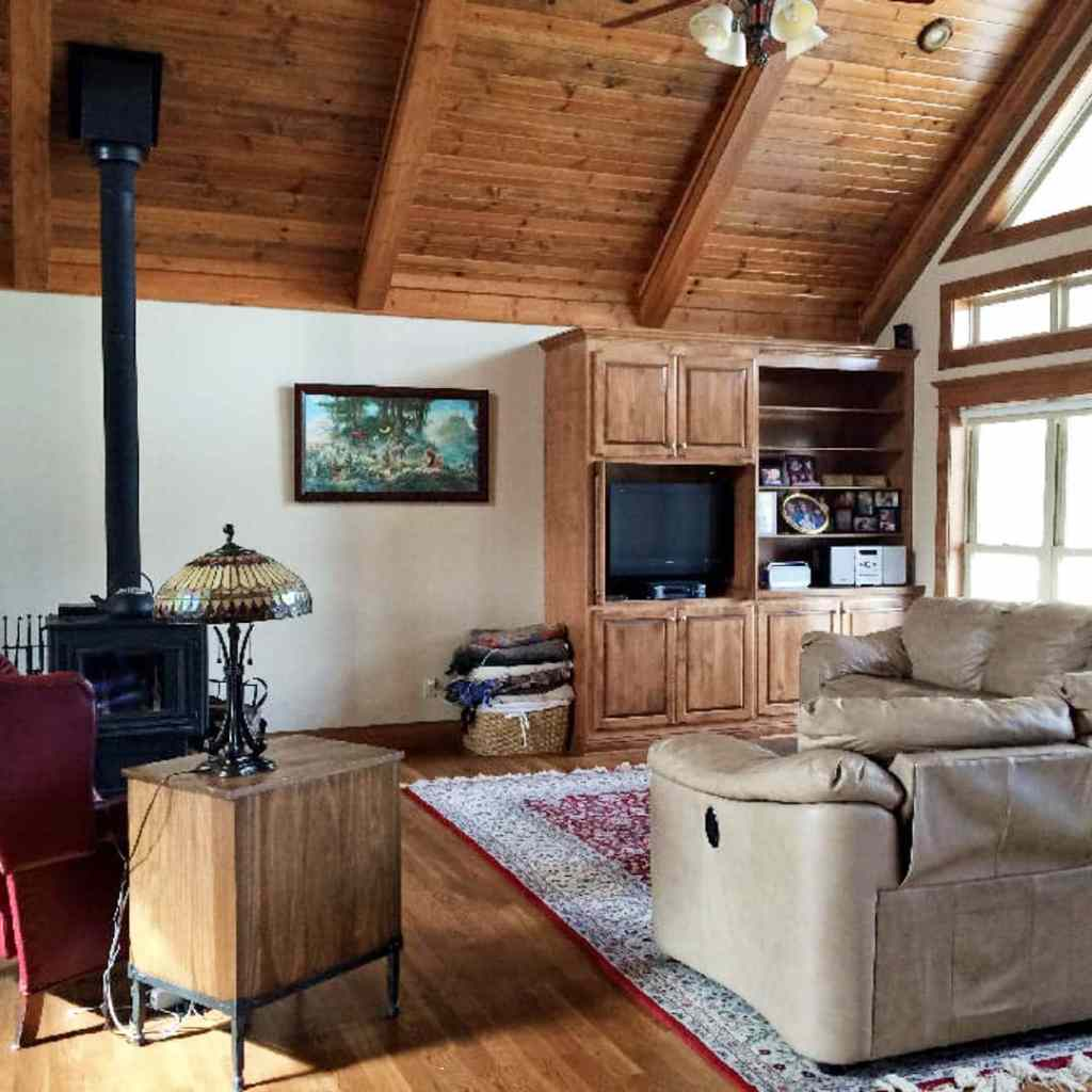 estate on two creeks-62718-
