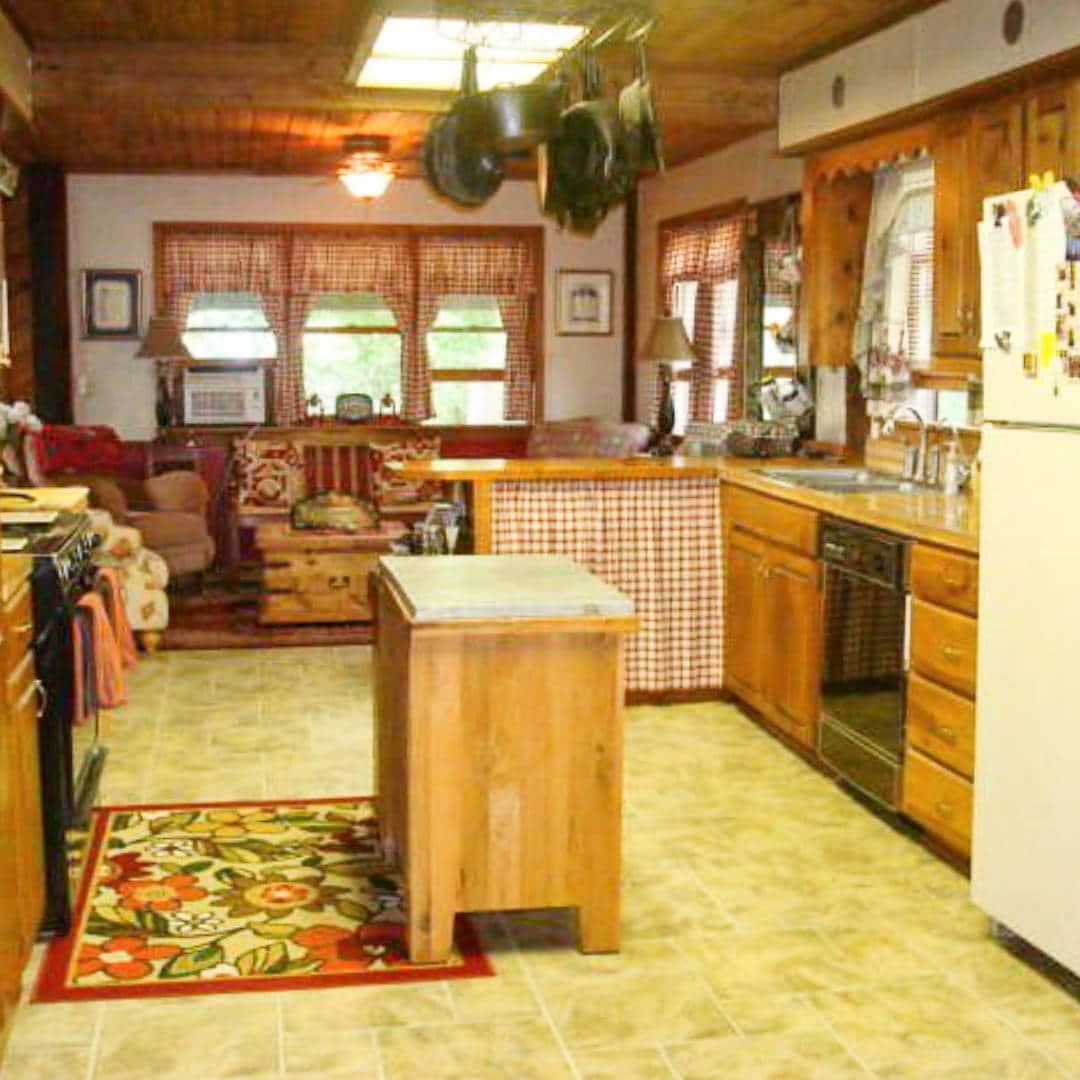 twin cedar-62718-kitchen-5