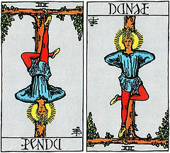 3693845666_51be238753_m_french-tarot