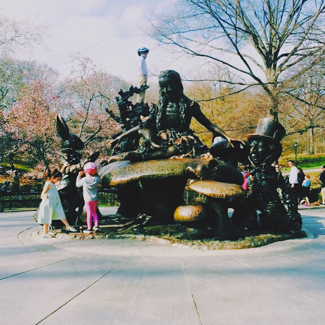 Out of all the times I've been to New York, I had never been seen the #aliceinwonderland #statue in #centralpark. This #book is what initially #created an interest in #literature for me. Which made me think to #write a #story of someone having their favorite #memory of New York City set in their #childhood.
