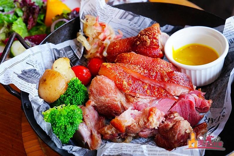 黑浮咖啡RÊVE Café( 楠梓店) 美味料理選擇多,歡樂聚餐優質咖啡館