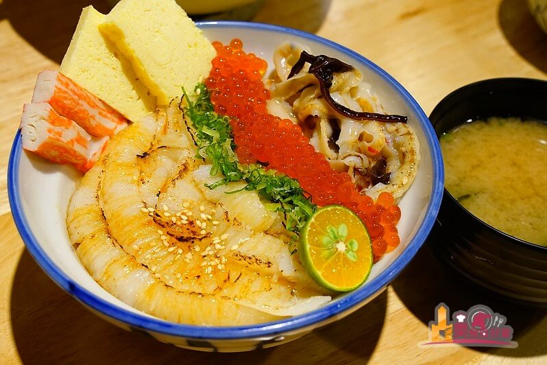 【高雄日式料理】津天丼地手作壽司丼飯 超值比目魚炙燒鮭魚卵丼飯