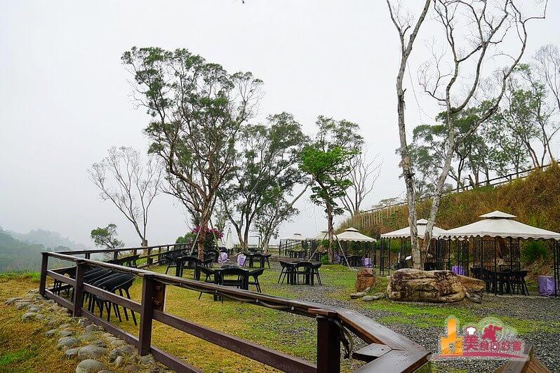 【高雄景觀餐廳】無名咖啡 可帶外食來觀夕陽夜賞義大摩天輪 高雄郊區聚會場所