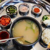 【高雄韓式料理】小月豬肉湯飯專賣店 釜山必吃國民美食暖呼呼的豬肉湯飯