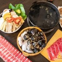 【高雄火鍋】井兵衛壽喜燒 雙人太極海鮮鍋 超鮮的大蛤蜊 超長肉盤滿足肉食族