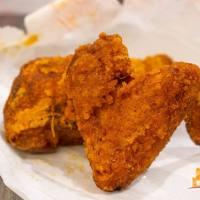 【高雄小吃】好咖炸雞 三民區銅板美食 馬來西亞風味咖哩炸雞 吮指美味!