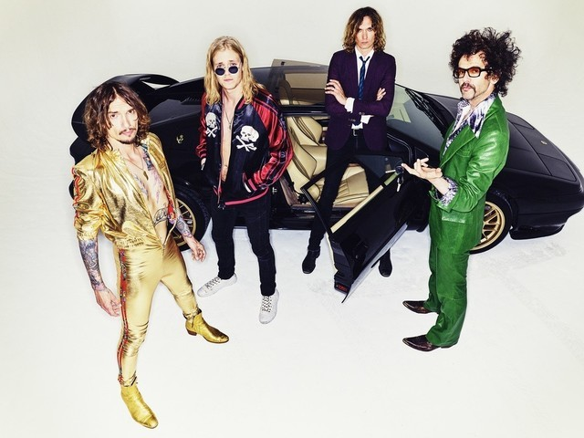 Pre-order Pinewood Smile, the new album from The Darkness!