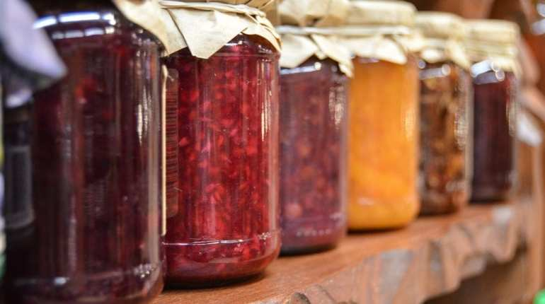 flavored homemade jam