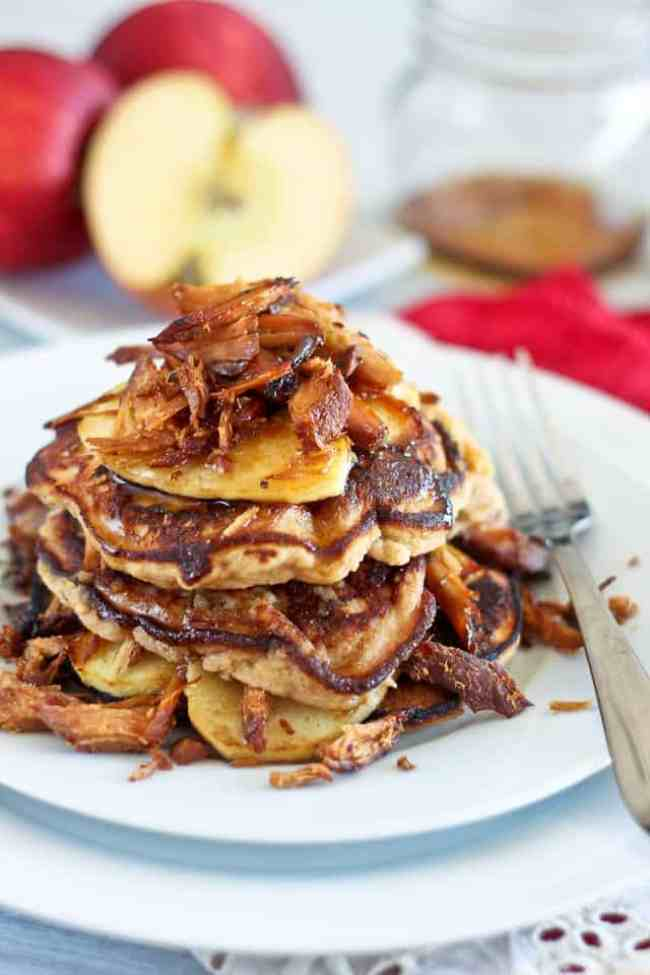 This Paleo pancake roundup features 10 drool-worthy pancakes from your favorite Paleo bloggers. Recipes are gluten free, Paleo and 100% delicious! | realsimplegood.com