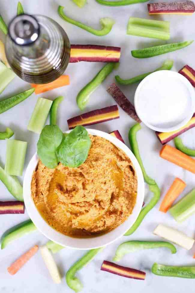 Invite some friends over, and make a batch of this garlic basil nut hummus! Get to dipping and enjoy a Paleo + Whole30 friendly version of a favorite snack! Paleo, Whole30 + Legume-Free.  realsimplegood.com