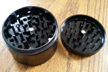 clean weed grinder