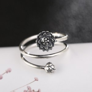 Women's Multilayer Style Lotus Ring 6