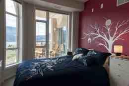 Sunset Waterfront Resort